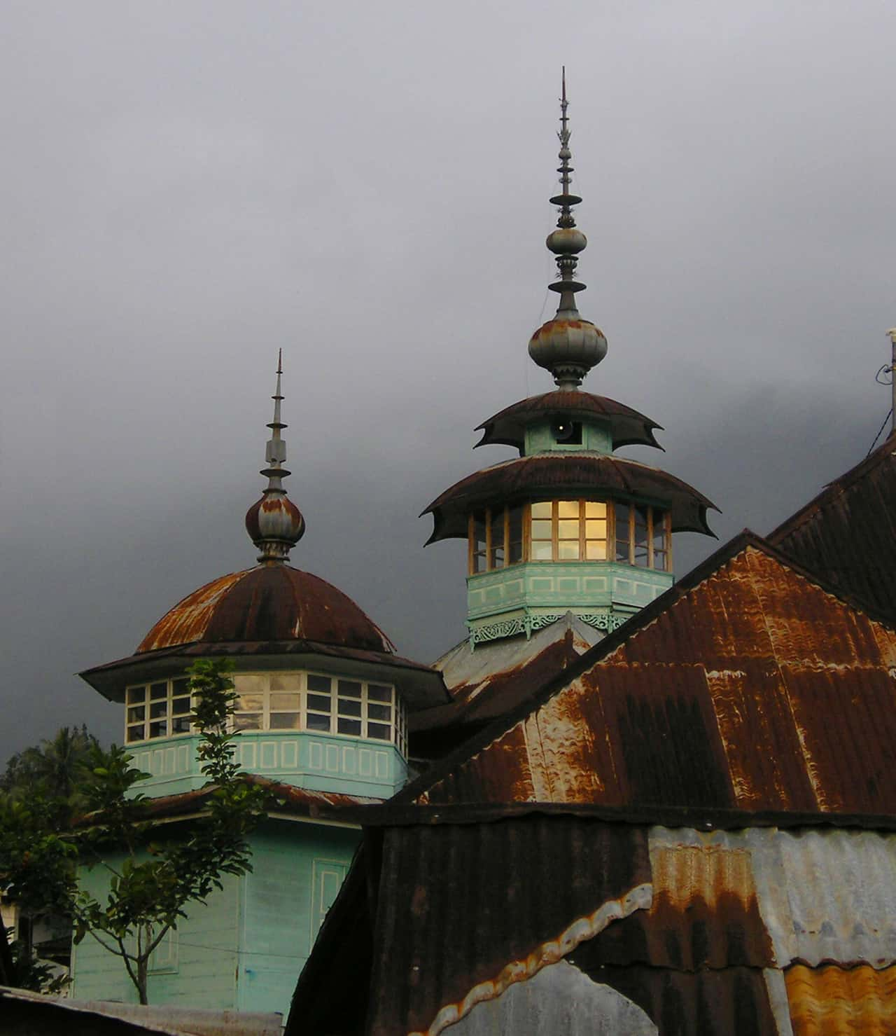 Mosque in Lake Maninjau, Indonesia