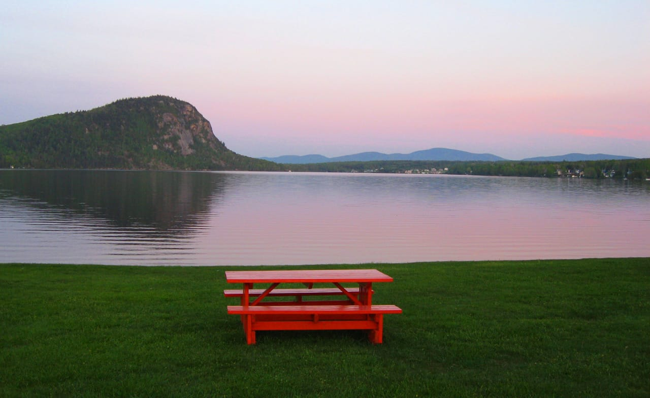 Lake Lyster and Mt. Pinacle. Our favorite Eastern townships hike
