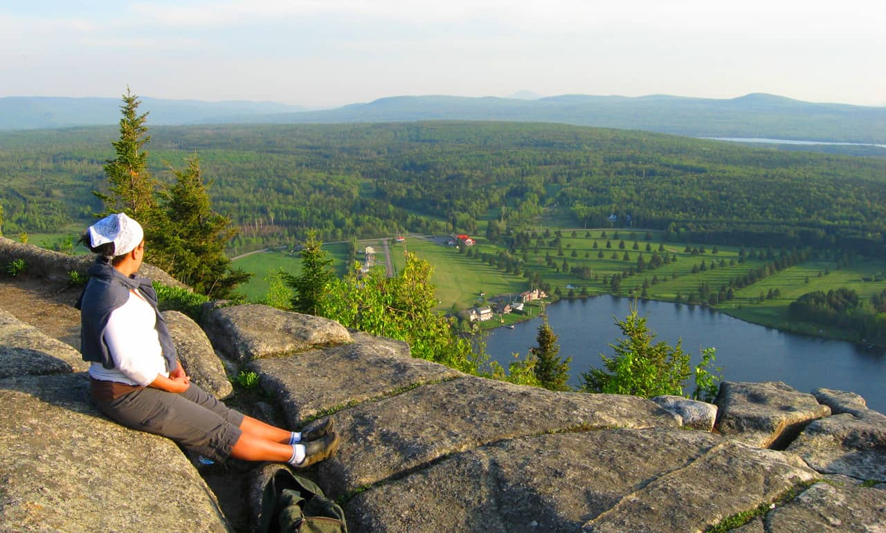 Hiking Mt. Pinacle in Quebec's Eastern Townships