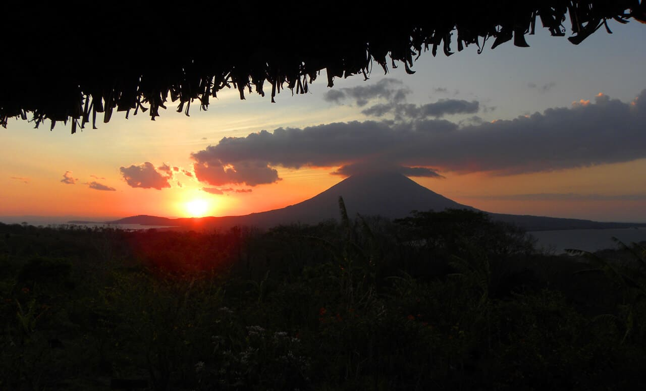 Isla Ometepe volcano. What to Do and Where to Stay in Isla Ometepe