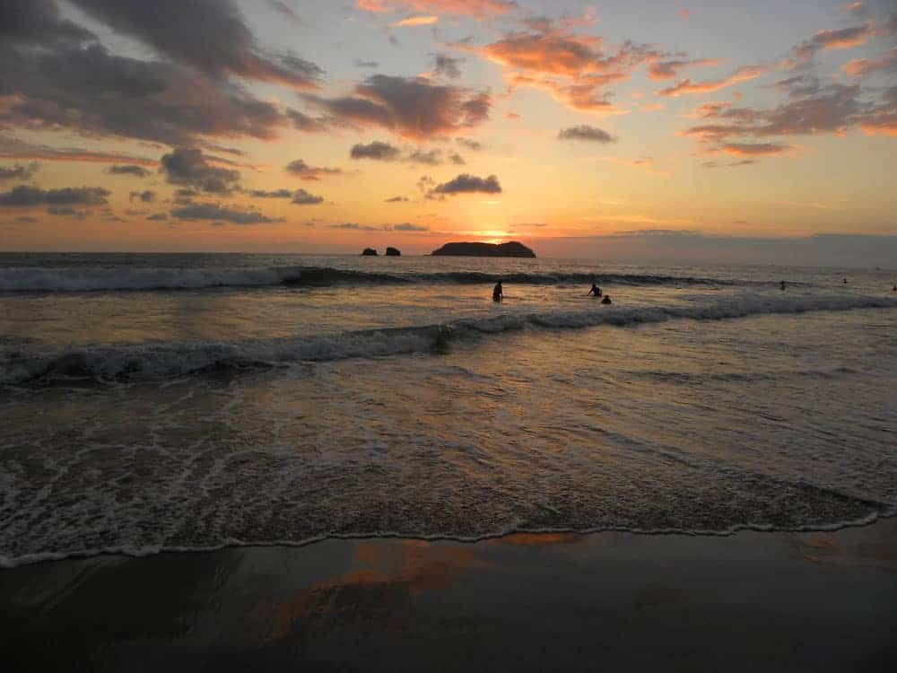 Why you SHOULDN'T visit Manuel Antonio
