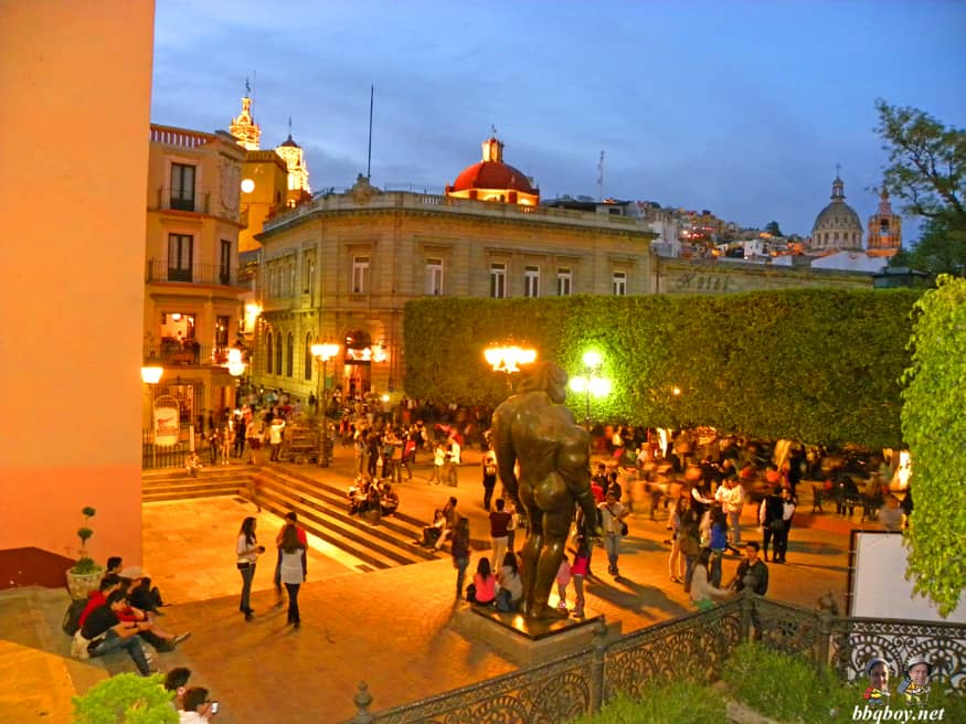 views on the zocalo in guanajuato, Mexico (1)