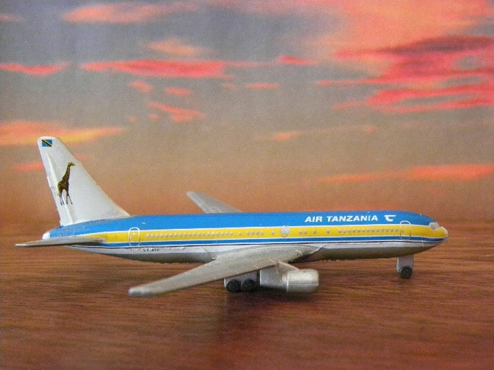 AT 767. Air Tanzania. Schabak and Herpa. My Plane collections…