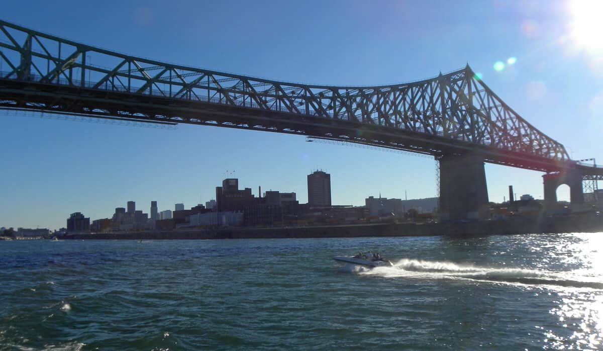 Jacques Cartier bridge, Montreal in background