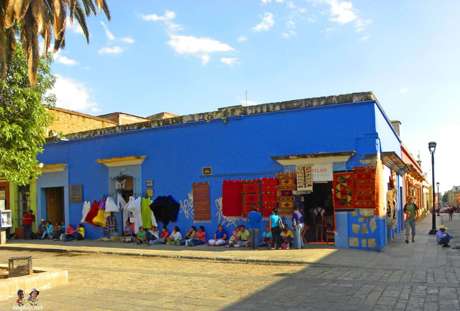 Oaxaca colors blue