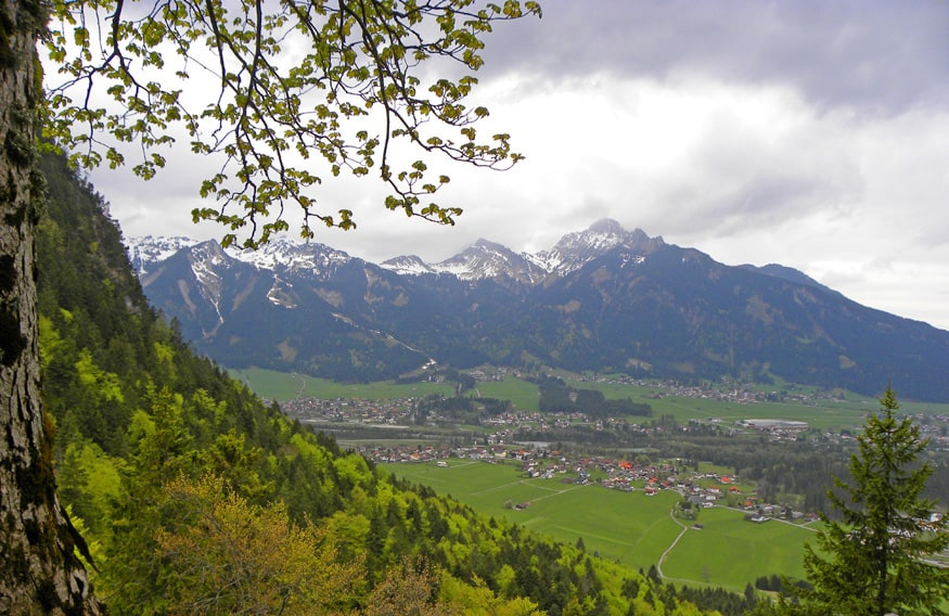 views-from-the-Ehrenberg-ruins-Reutte-Austria