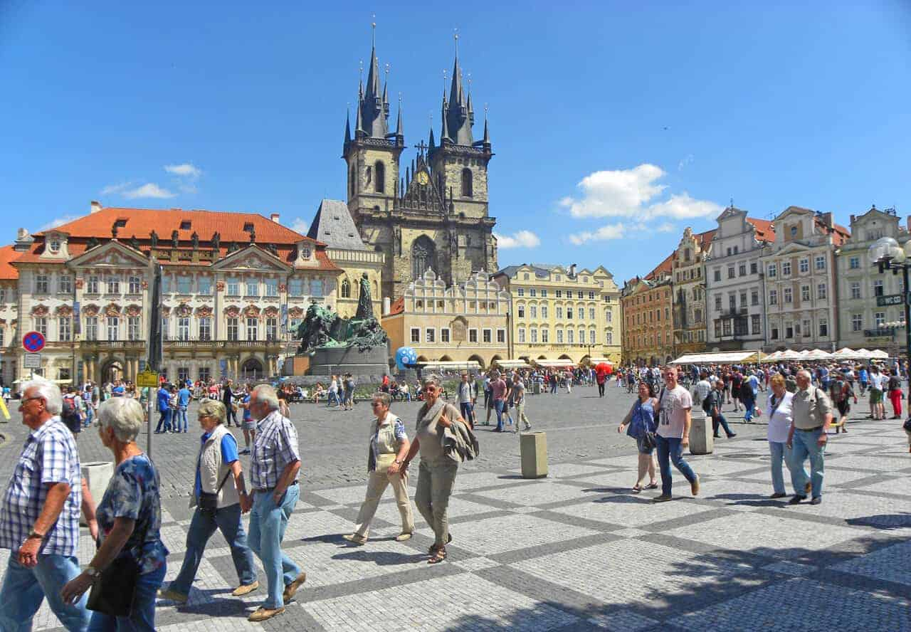 Things to consider when choosing a guide in Prague