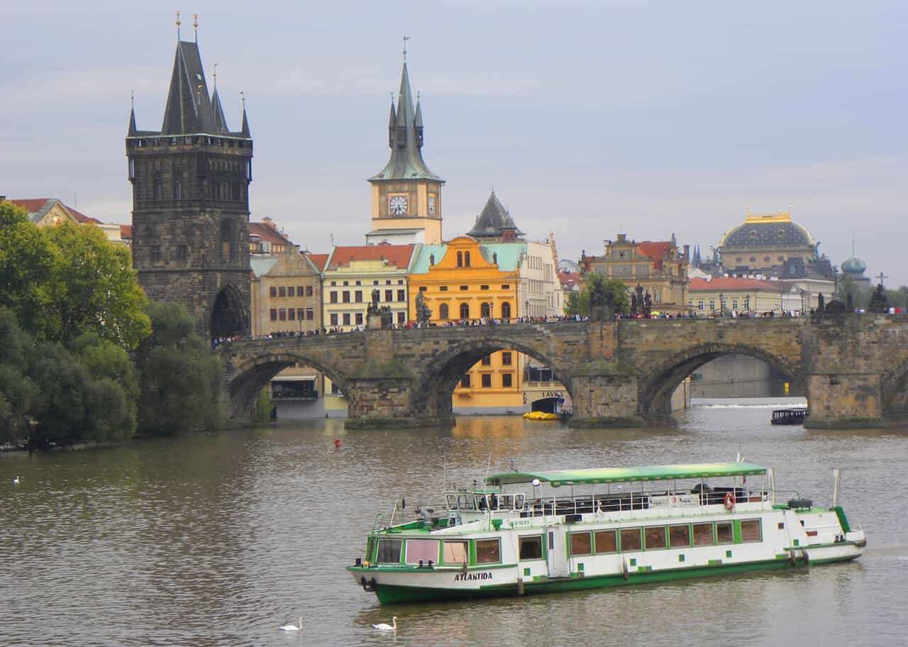 river tour. 50 Things to do in Prague