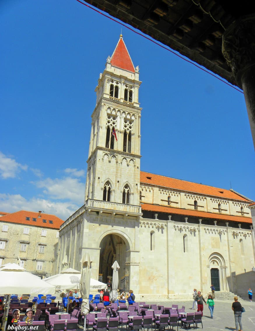 views over central square, Trogir (1)