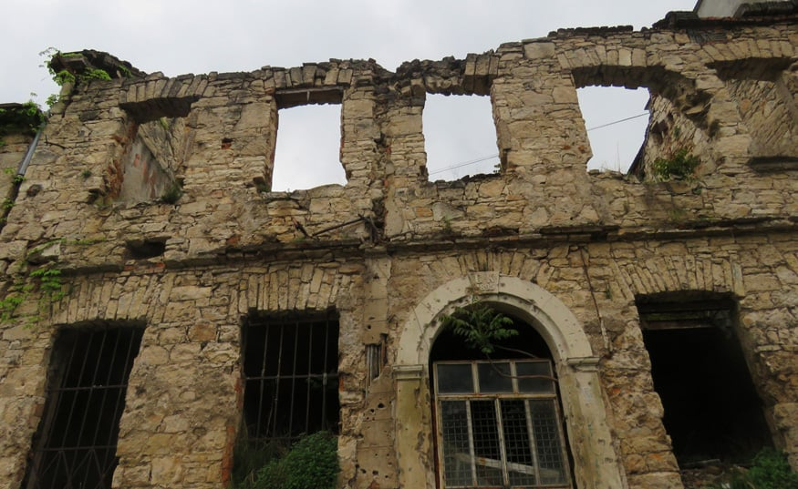 ruins. Hate and Sadness in Mostar