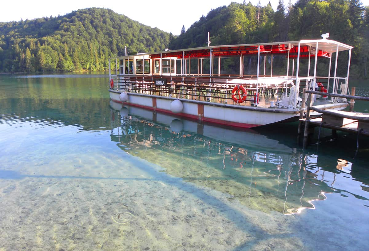ferry. Plitvice Lakes: Impressions, Tips and Regrets