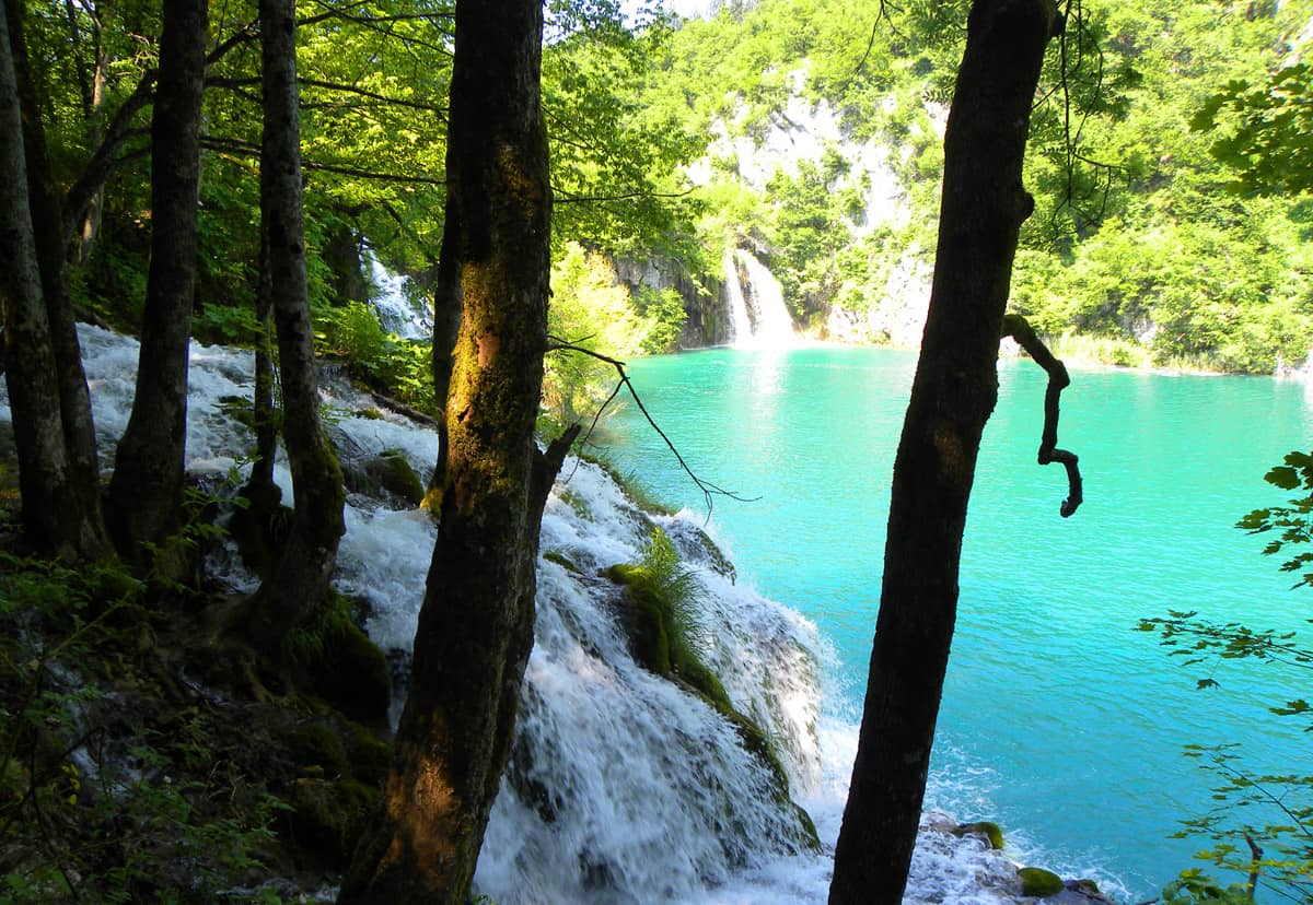 Views in the lower lakes. Tips on visiting Plitvice Lakes