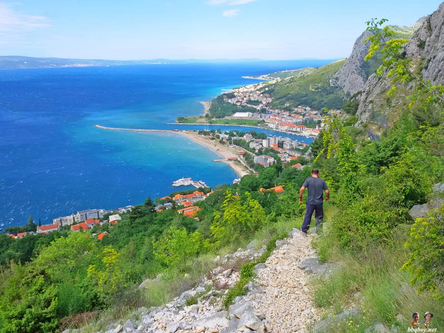 path into Omis from Starirad fortress