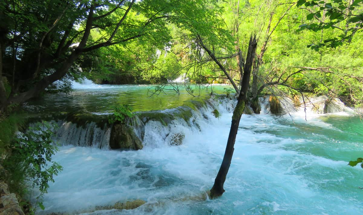 tiny waterfall. Tips on visiting Plitvice Lakes