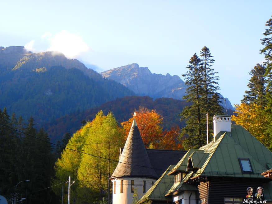 Autumn in Sinaia, Romania (1)