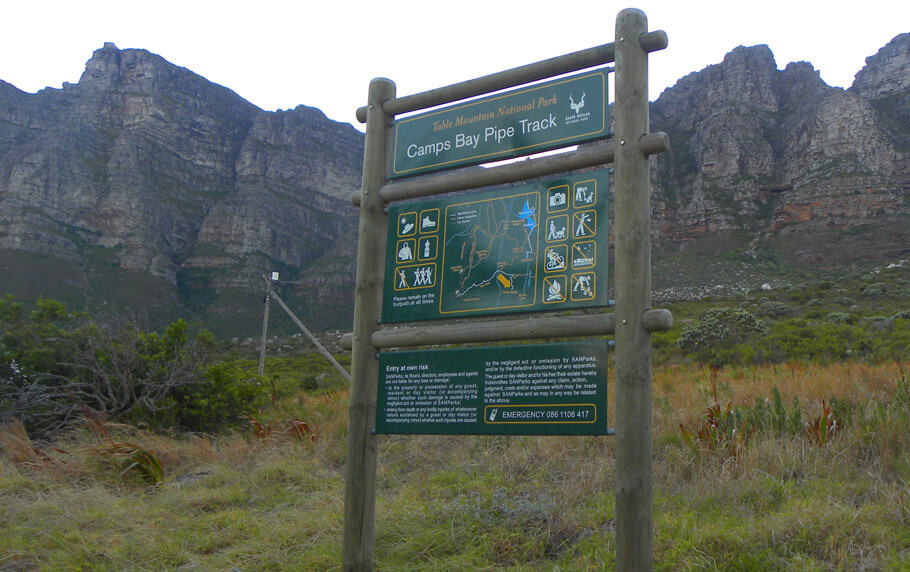 Camps Bay Pipe Track. Hiking up the Twelve Apostles to Table Mountain, Cape Town