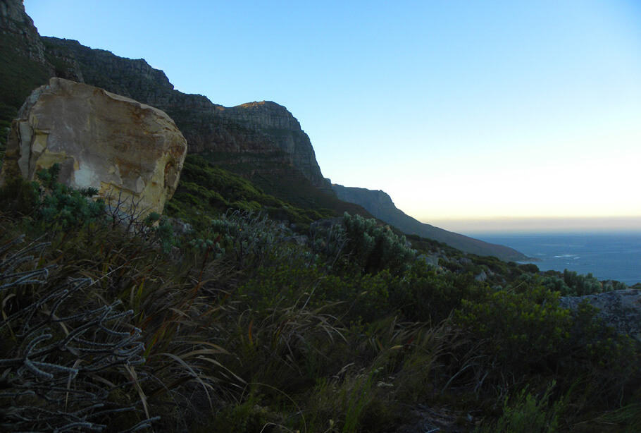 Hiking up the Twelve Apostles, Cape Town