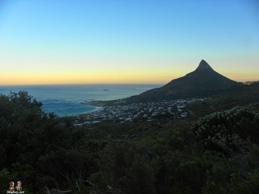 sunrise views over camps bay