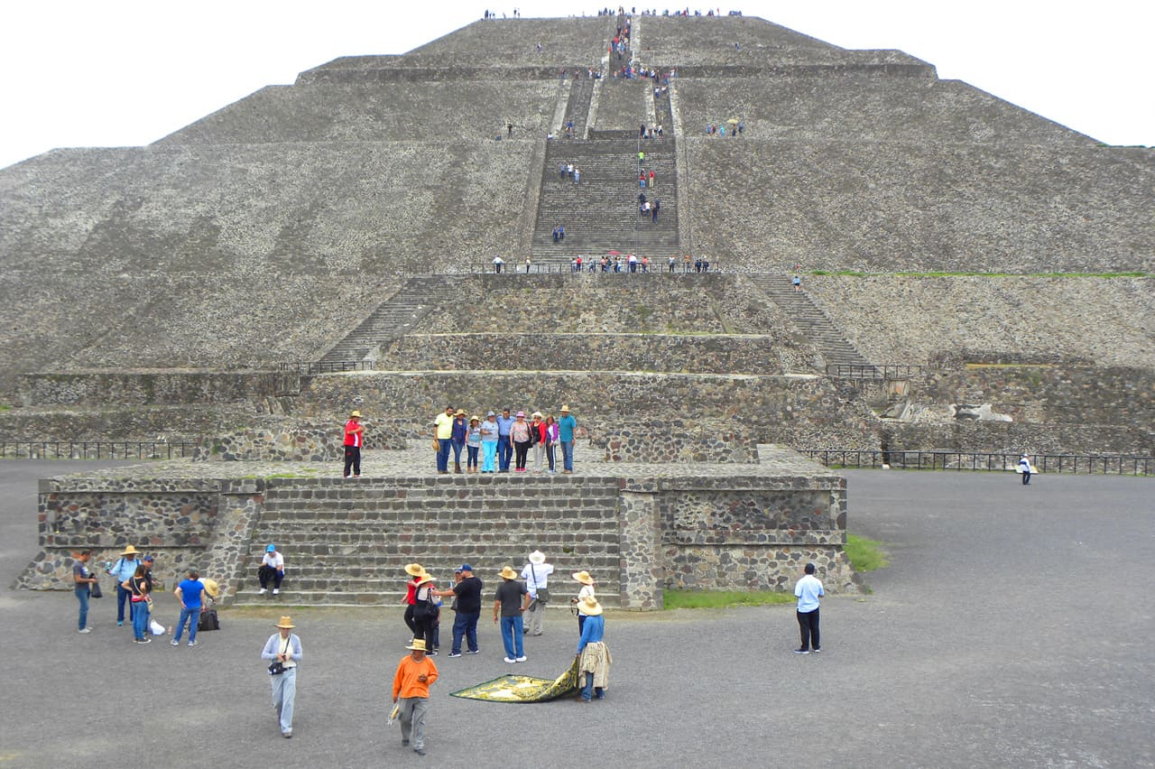 how to get to teotihuacan from mexico city