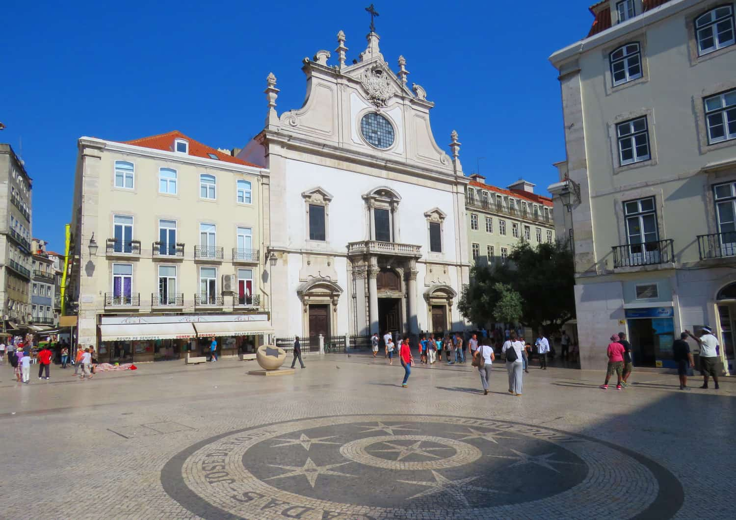 Igreja de São Domingos. Photo Essay on Lisbon, Portugal. And why we were happy to leave…