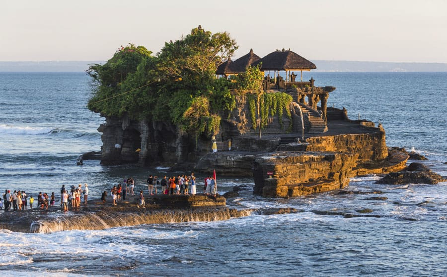 Tanah Lot_Bali Indonesia Travel guide