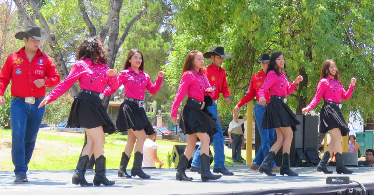 Mexican cowboys and cowgirls in Chihuahua