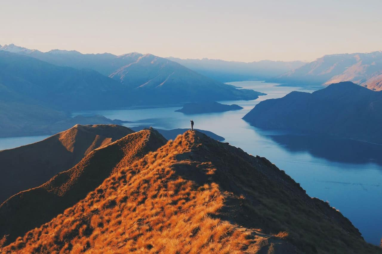 Roys Peak Track, New Zealand Travel Guide