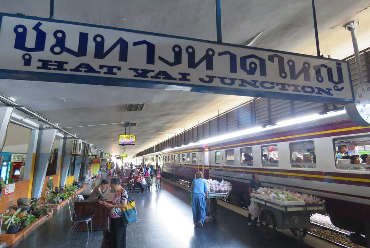 Getting to Hat Yai - our 1st class Sleeper train experience in ... 3018d28e2a