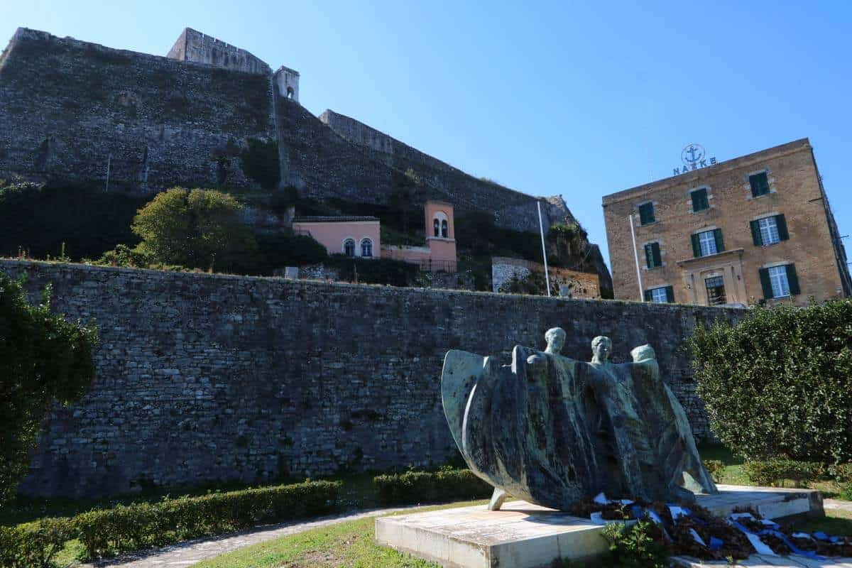 The new fortress. A visit to Corfu Town