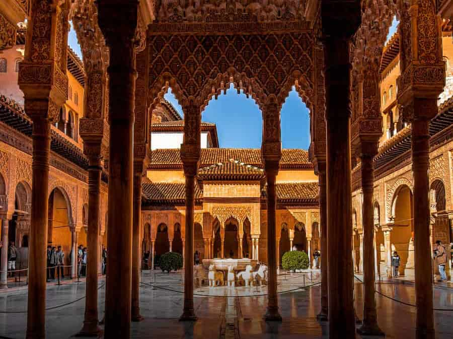 Visit the Alhambra. 7 things to See and Do when visiting Granada, Spain. Travel Guide