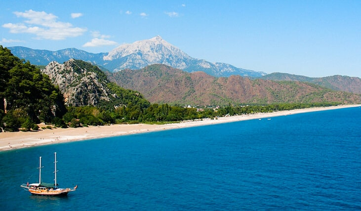 The Ultimate in Luxury travel? It might be a Turkish Luxury Gulet Cruise
