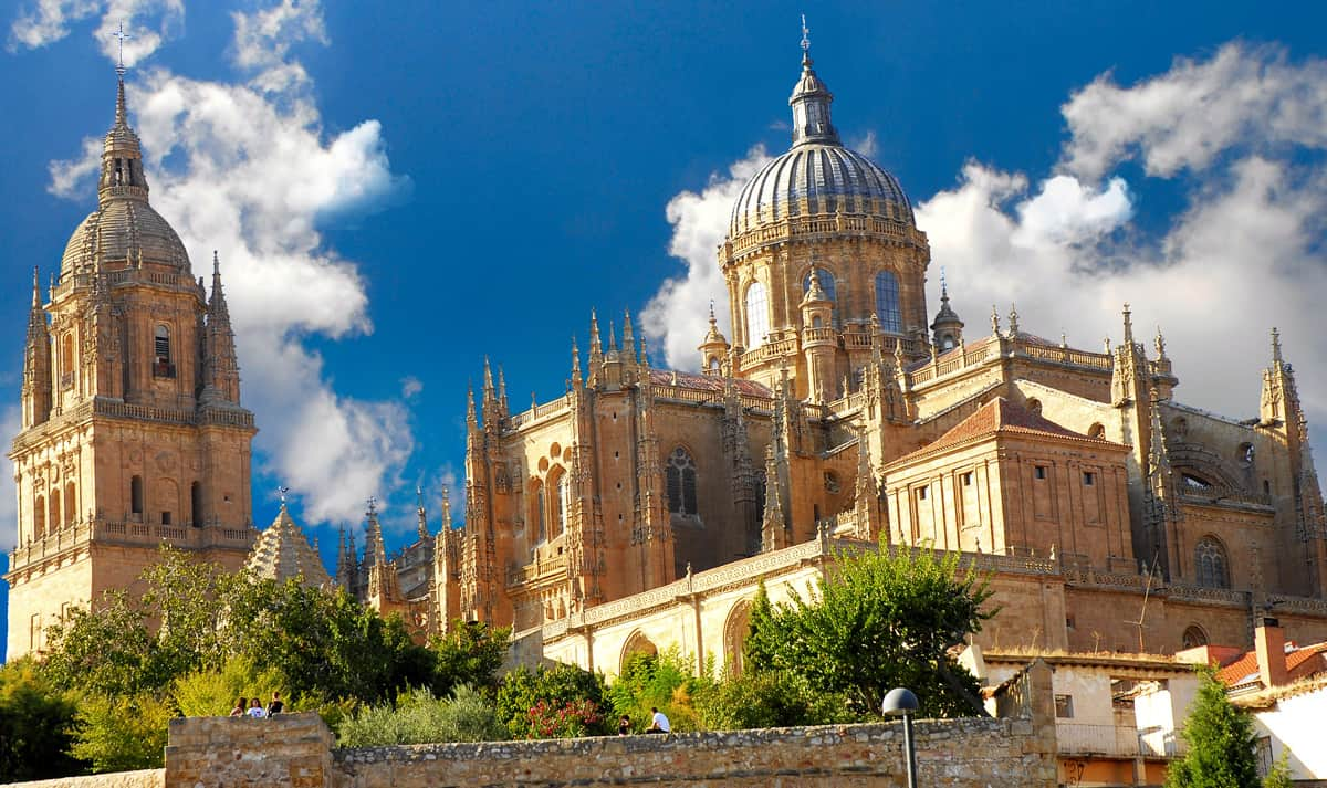 Salamanca. A Travel Agent's guide to the Best of Spain