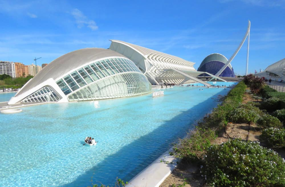 Valencia. A Travel Agent's guide to the Best of Spain
