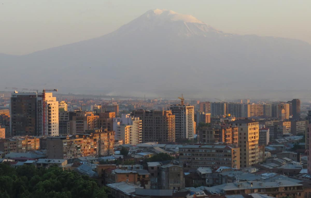 Tbilisi or Yerevan: which to visit?